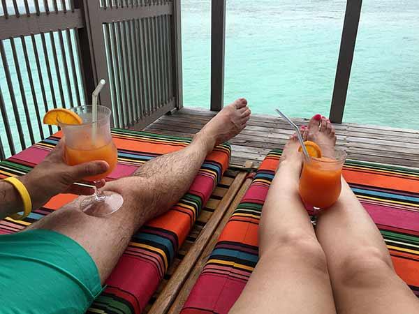 "Testimonio de viaje a Sri Lanka y Maldivas de Paola y Alfonso: Meeru Island Resort, ""ES-PEC-TA-CU-LAR""."