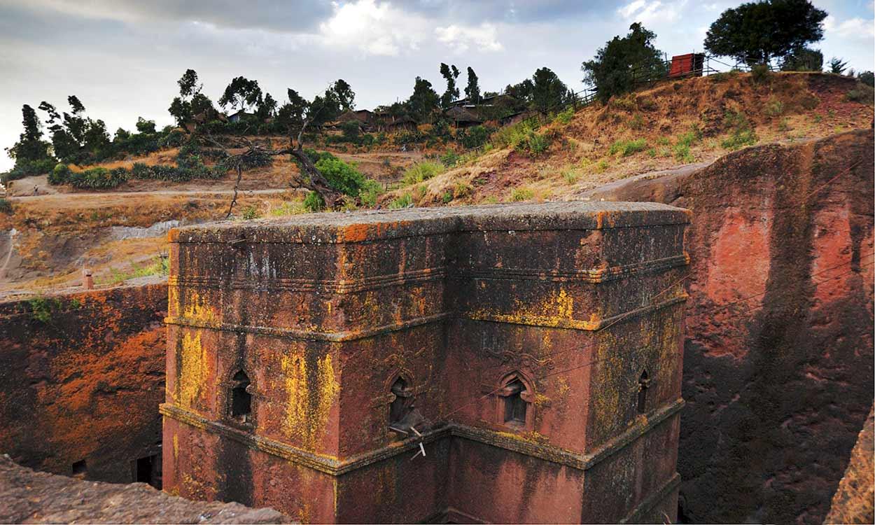 Iglesia tallada en la roca de Lalibela - ETIOPIA NORTE EN PRIVADO
