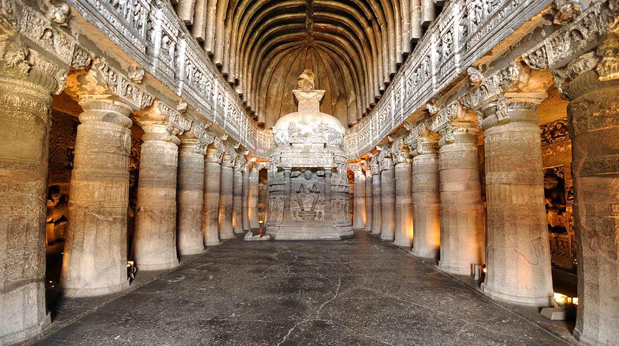 TESOROS ARTÍSTICOS DE INDIA - Cuevas de Ajanta - Dey.sandip