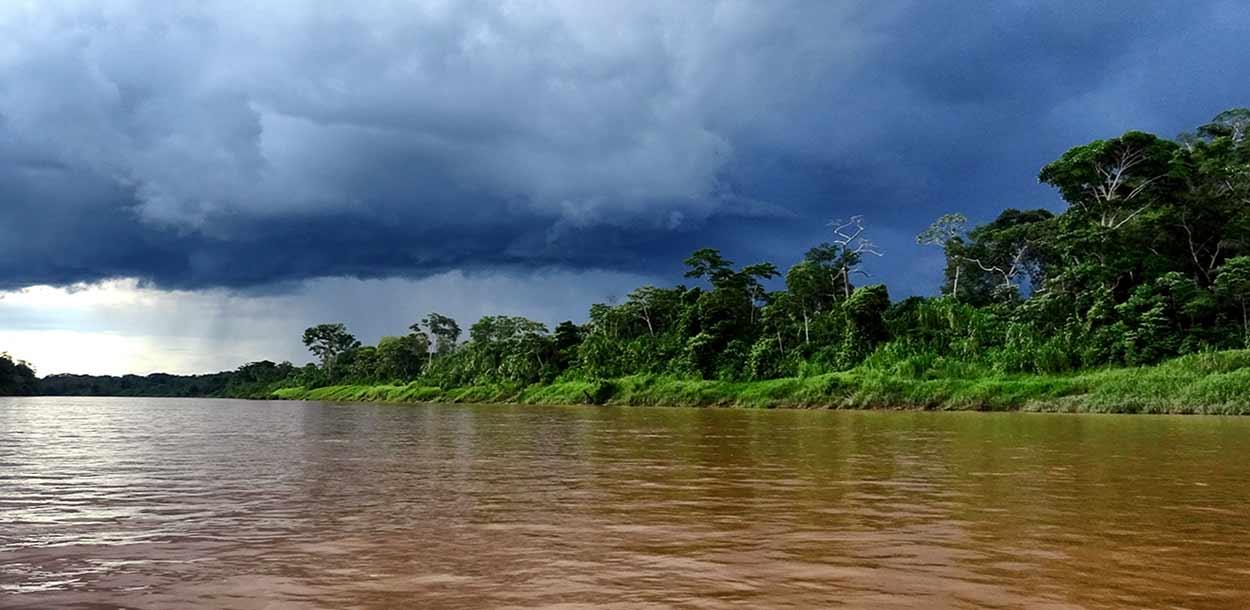 Reserva Nacional Tambopata - Río Tambopata - Andreas König