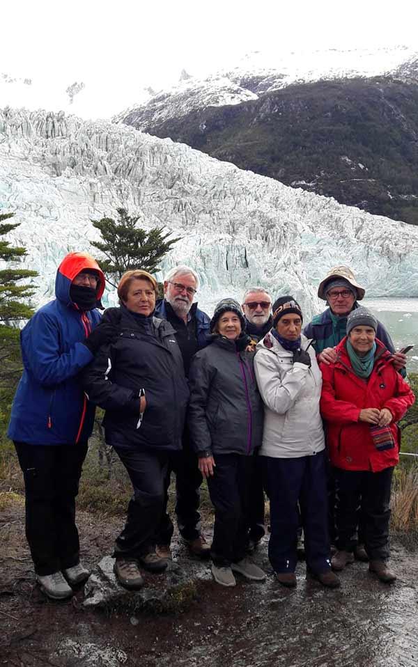 Valoración de viaje a Argentina y Chile de Ricardo y amigos: recién desembarcados frente del glaciar Pia (durante crucero Australis)