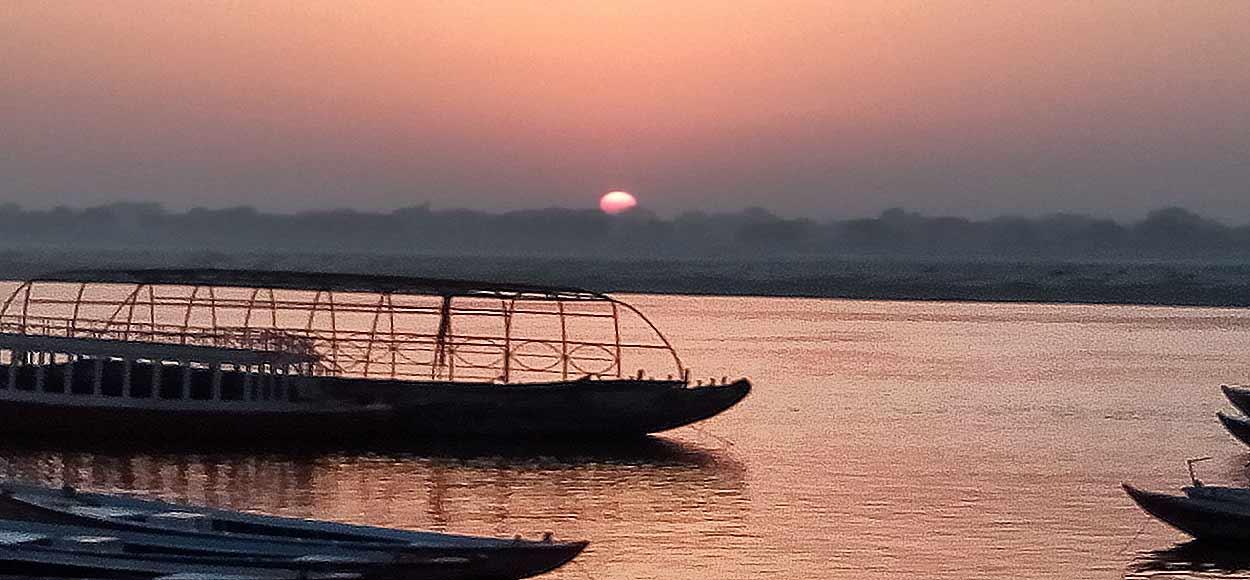 Opinión de Viaje a India y Nepal de Trini y Monse: un panorama hecho en Benarés
