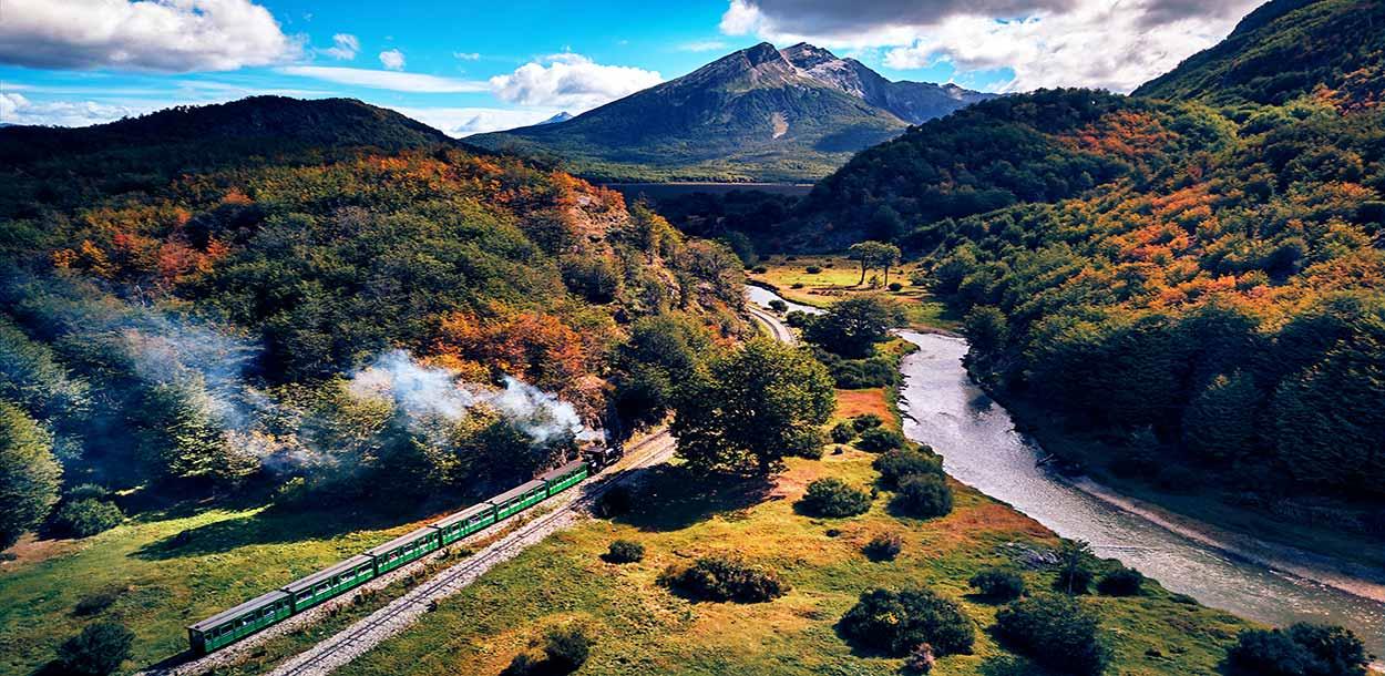 TREN DEL FIN DEL MUNDO - Las mejores excursiones desde Ushuaia - Imagen de hectorfn en Pixabay