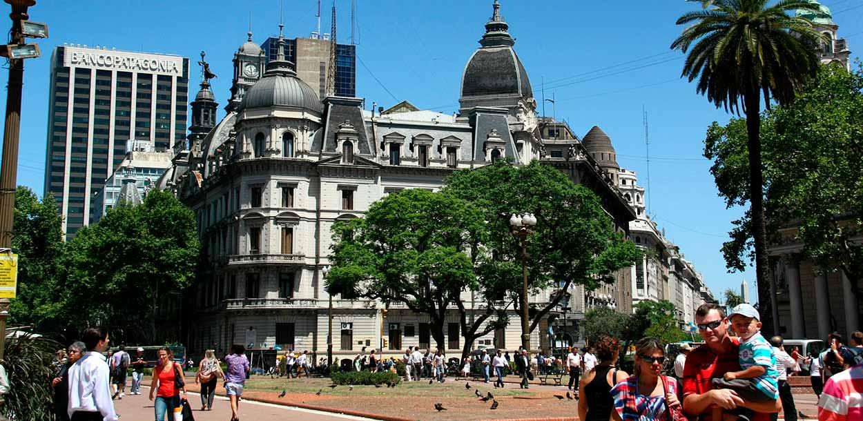 Avenida de Mayo - Turismo de Buenos Aires - Craig Wealand en Pixabay