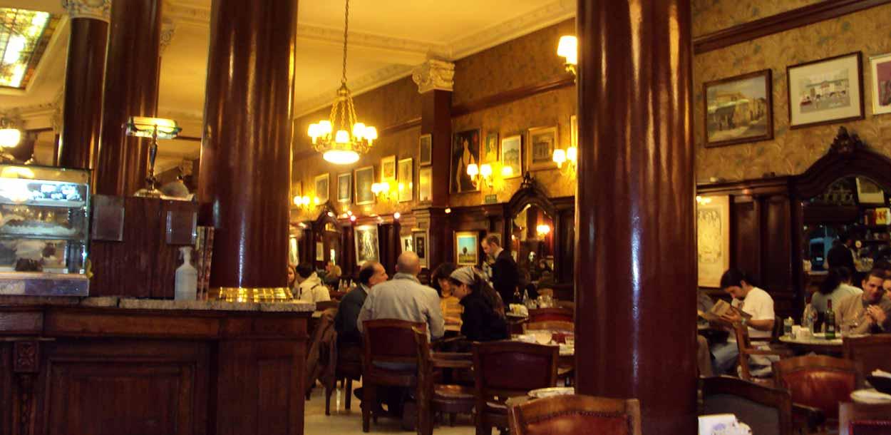 Café Tortoni, Buenos Aires, Argentina - panoramio - Turismo de Buenos Aires - Paulo JC Nogueira