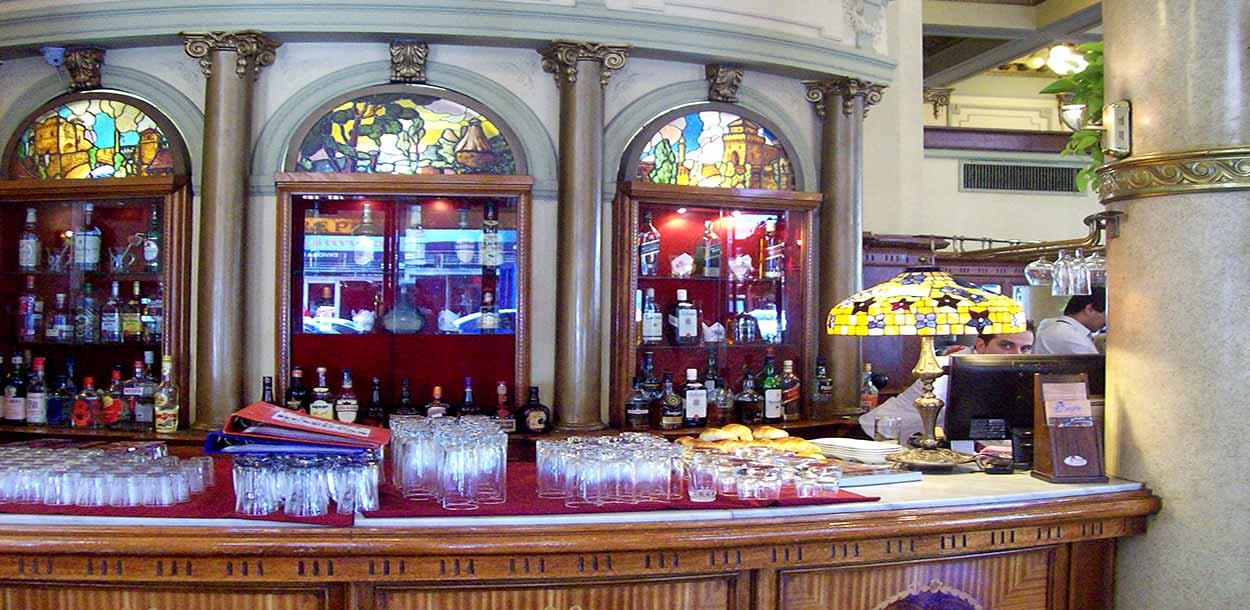 Las Violetas, uno de los cafés más hermosos de Buenos Aires - Excursiones en Buenos Aires