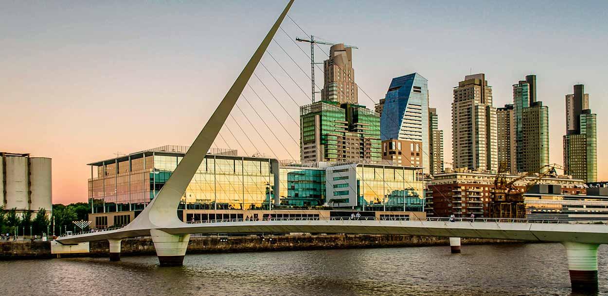 Puente de La Mujer - Imagen de Claudio Bianchi en Pixabay - Excursiones en Buenos Aires