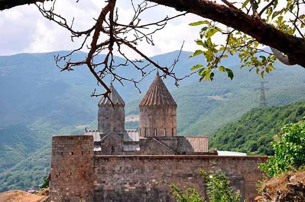 Testimonio de viaje a Armenia y Georgia: el monasterio de Tatev (Armenia)