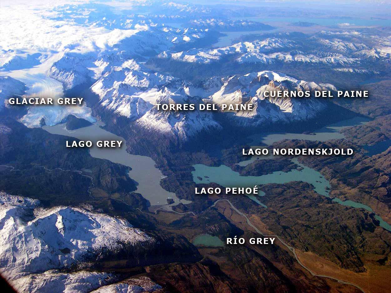 La Imagen Grande de la Cordillera Paine - Parque Nacional Torres del Paine