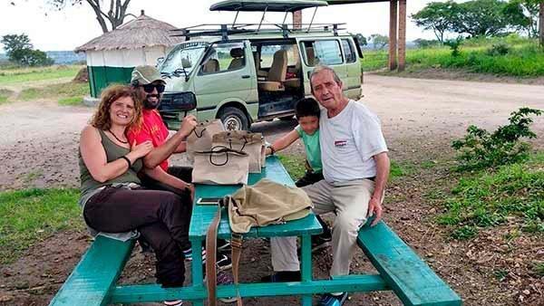 """Valoración del viaje a Uganda de Ana y familia: """"Es un destino maravilloso para aquel que le guste disfrutar de la naturaleza y vivir emociones nuevas"""""""