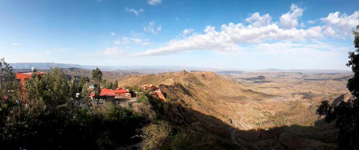 Cliff's Edge (Lalibela) - Oferta especial Etiopía Norte con salida garantizada