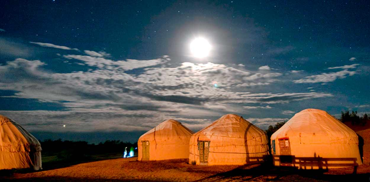 Campamento de Yurtas (Mar de Aral) - programa Uzbekistán con mar de Aral, en servicio compartido