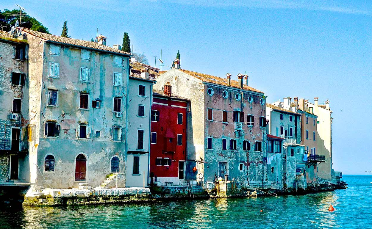 La intensa influencia de la Serenísima República de Venecia en palacios y edificios nobles de Piran - Image by Siggy Nowak from Pixabay - 14 Razones para viajar a Eslovenia